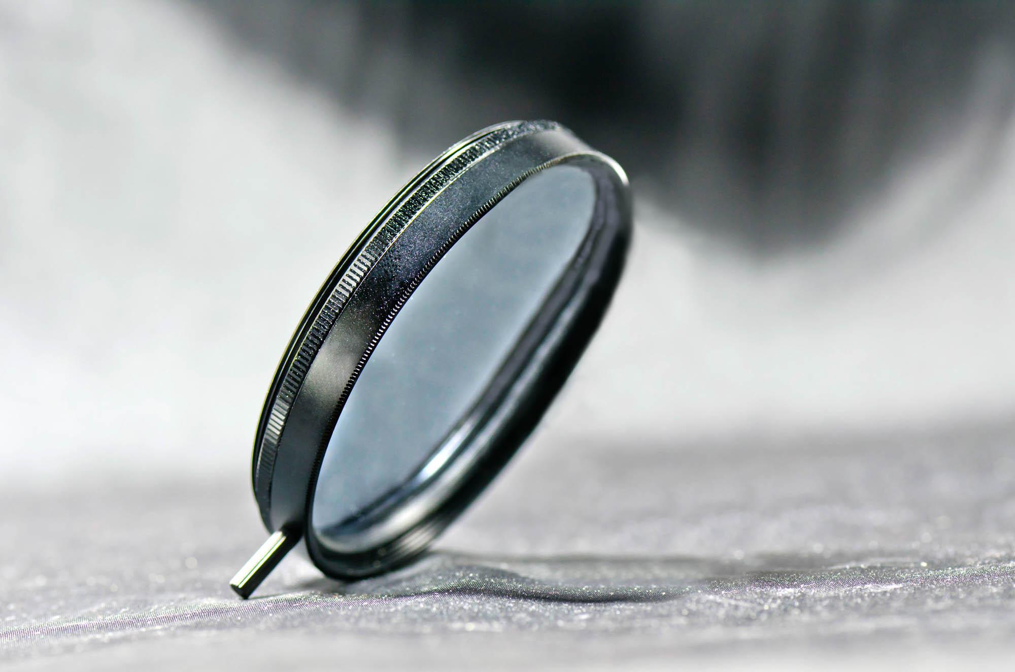 Screw-on circular polarizing filter