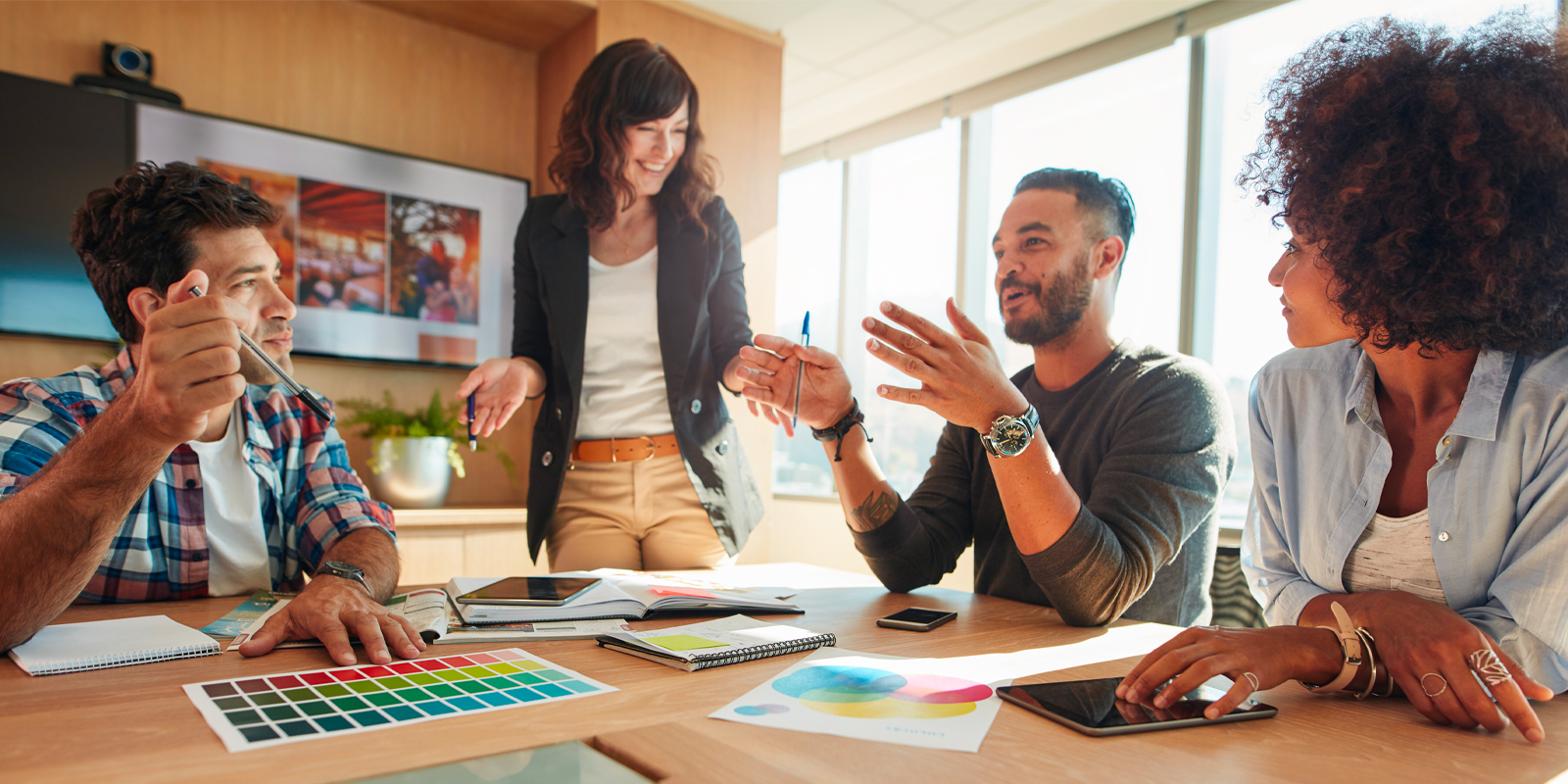 Collaboration with Design Agencies: 6 Ways to Manage Artwork Projects & Increase Productivity
