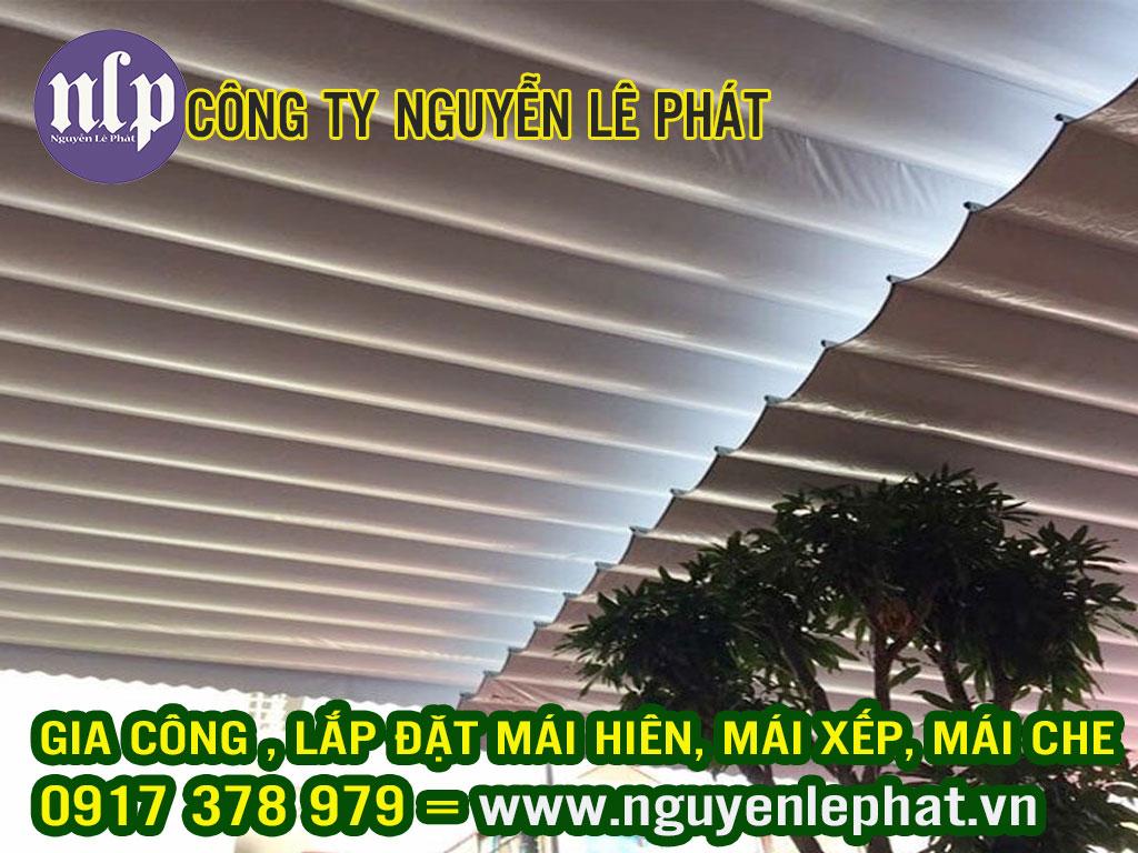 Công dụng của mái che di động thực chất cũng giống như rất nhiều loại mái khác là dùng để che nắng, che mưa. Mái hiên di động giá rẻ