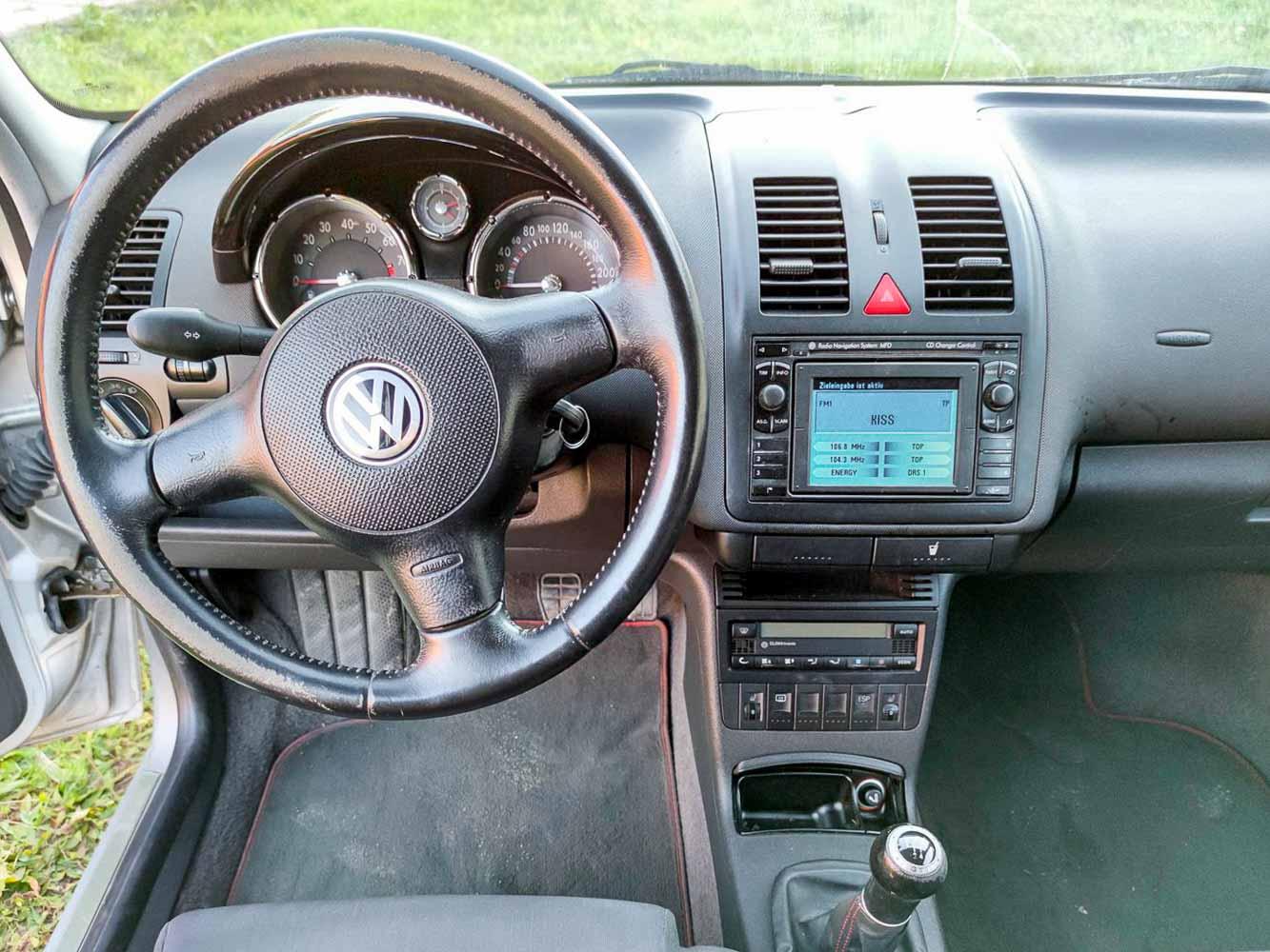 VW Polo GTi 1.6 16v interiér