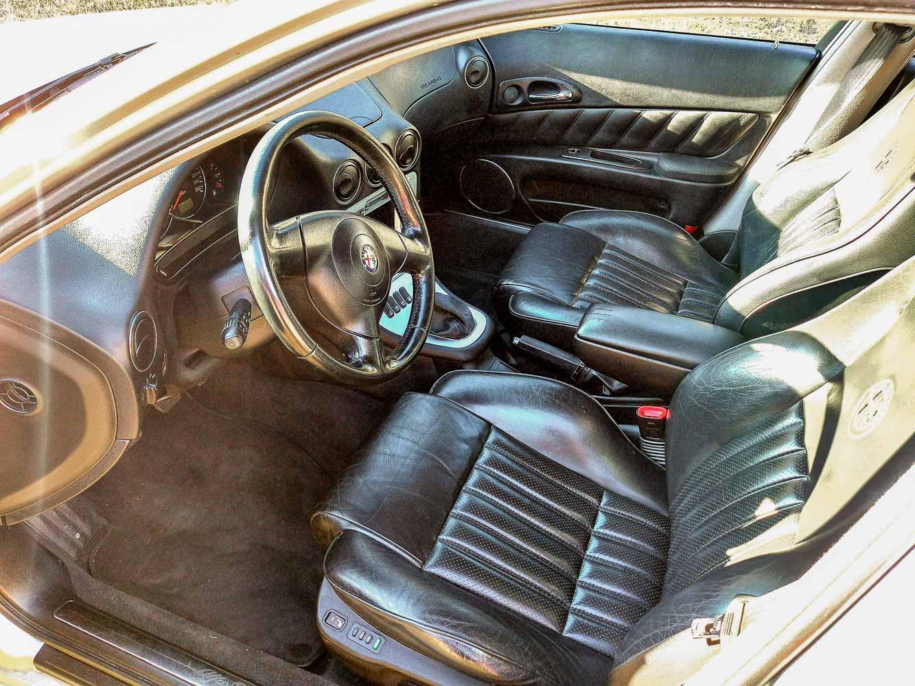 Alfa Romeo 166 interiér