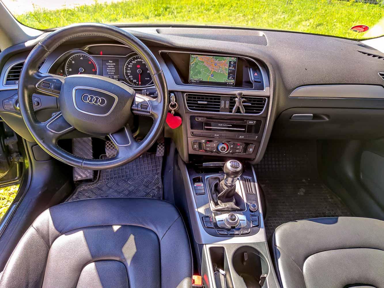 Audi A4 2.0 TDIe Avant interiér