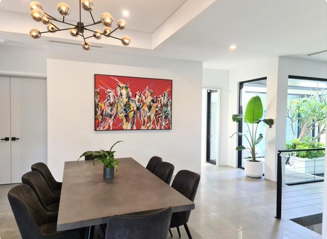 Aidan Weichard - Australian Artist - Collectors - Contemporary Painting In situ