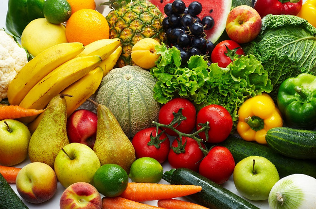 Ăn nhiều rau xanh, trái cây tươi