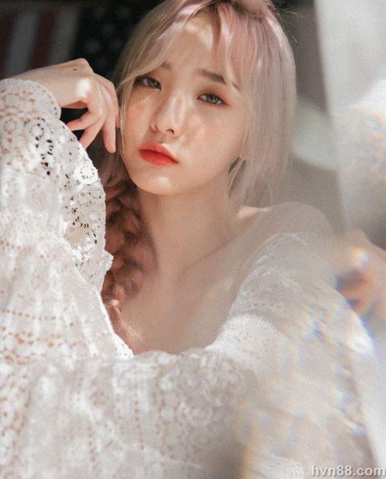 top 5 hot girl ngoai quoc noi tieng tai viet nam (16)