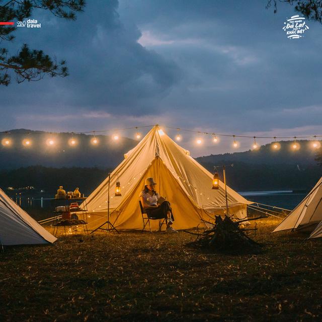 """Tất tần tật về cắm trại sang chảnh - trào lưu """"ngủ lều"""" đang hot nhất Đà Lạt, loạt sao Vbiz cũng phải mê tít - Ảnh 12."""