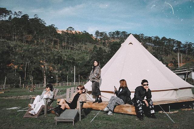 """Tất tần tật về cắm trại sang chảnh - trào lưu """"ngủ lều"""" đang hot nhất Đà Lạt, loạt sao Vbiz cũng phải mê tít - Ảnh 16."""