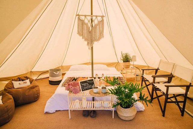 """Tất tần tật về cắm trại sang chảnh - trào lưu """"ngủ lều"""" đang hot nhất Đà Lạt, loạt sao Vbiz cũng phải mê tít - Ảnh 19."""