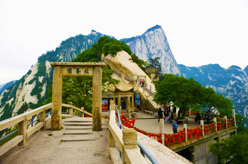 Khám phá Hoa Sơn - ngọn núi nguy hiểm nhất Thế giới - 2
