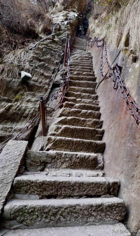 Khám phá Hoa Sơn - ngọn núi nguy hiểm nhất Thế giới - 9