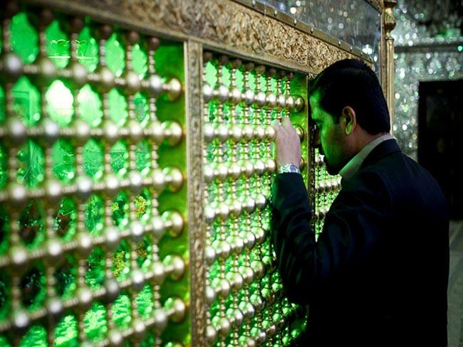Choáng ngợp trước ánh sáng màu nhiệm của ngôi đền chứa mộ cổ bên trong - 8