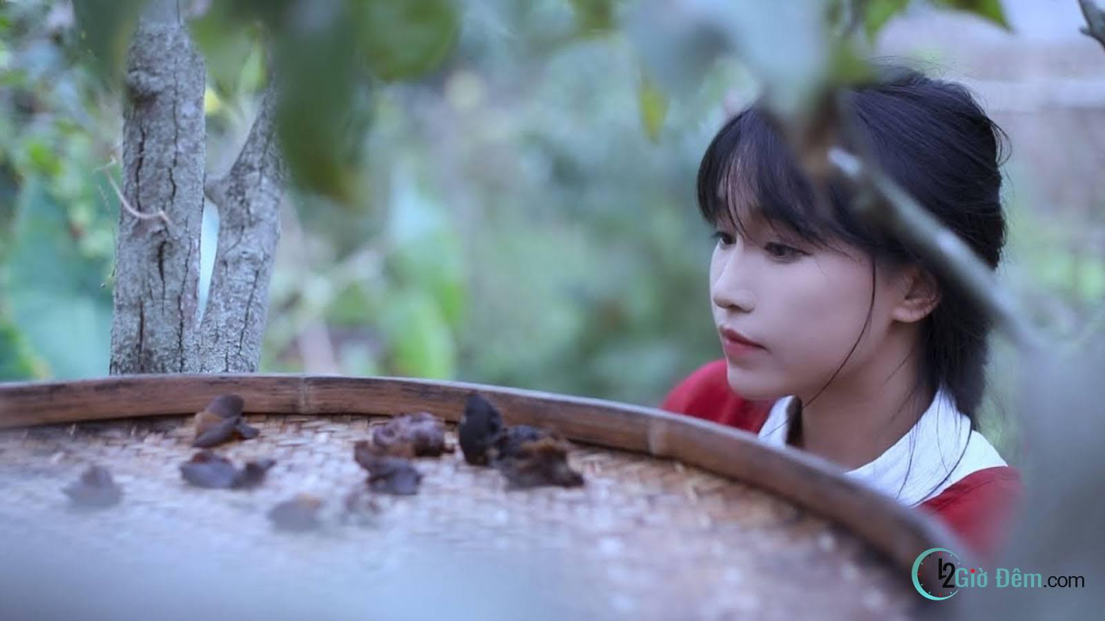 Youtuber Lý Tử Thất tiên nữ đồng quê Trung Quốc - Ảnh 4