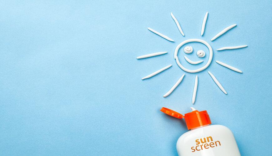 sử dụng kem chống nắng thường xuyên