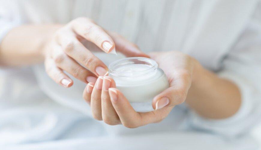 dưỡng ẩm cho da trước khi dùng cushion