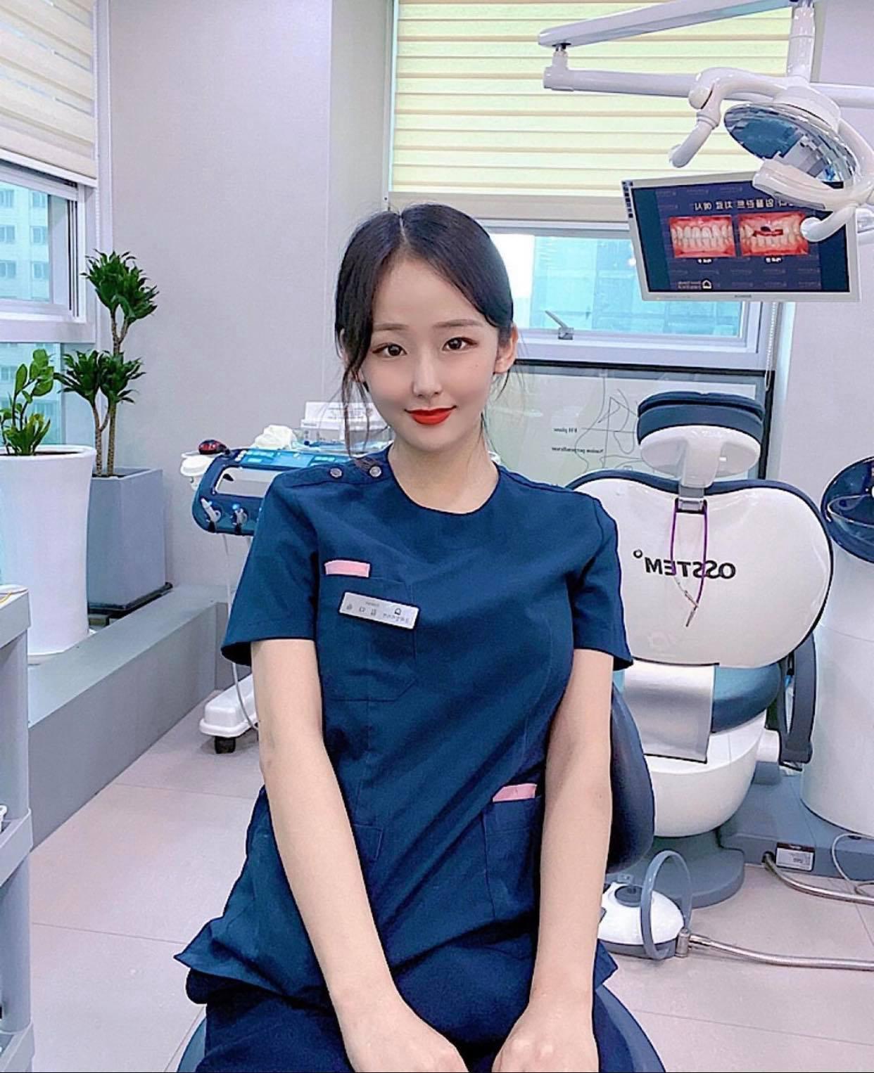 """Nữ bác sĩ Hàn Quốc khiến dân tình """"chao đảo"""" vì quá đẹp - 3"""