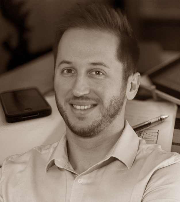 Guillaume MOURGUES, web designer et responsable commercial