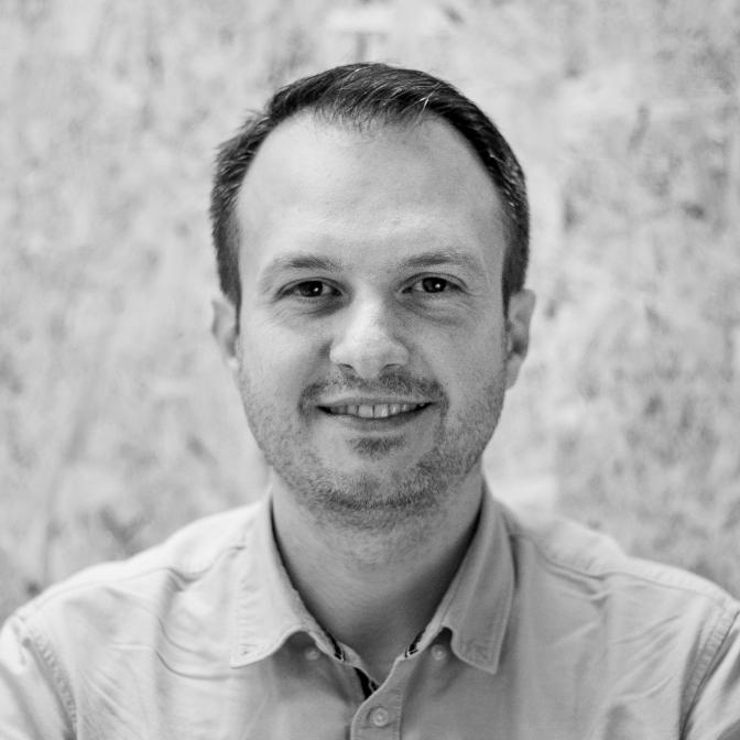 Dan Popescu, Produkt Manager