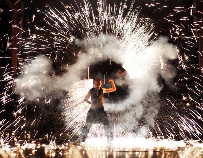 "Feuer- & Pyrotechnikshows ""Fenfire"""