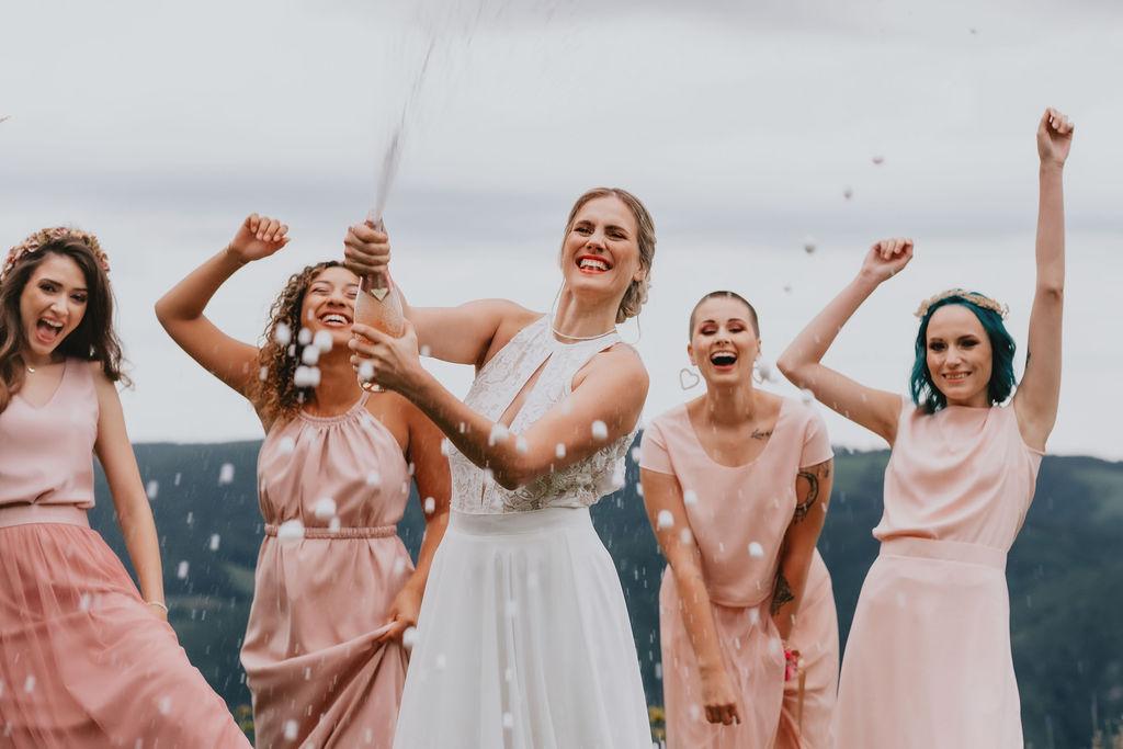 Heyday – Brautkleider & Brautjungfernkleider
