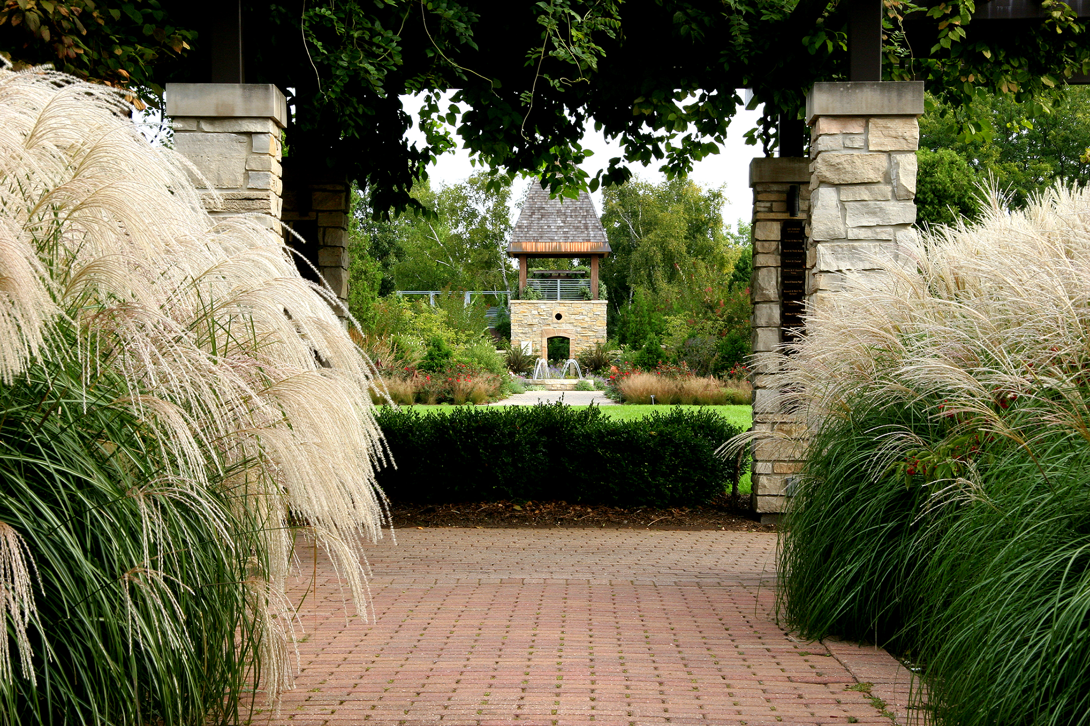 Saiki Design has been involved with planning and design at Olbrich Botanical Gardens since 1992 beginning with a collaborative master plan and numerous individual garden designs and renovations.