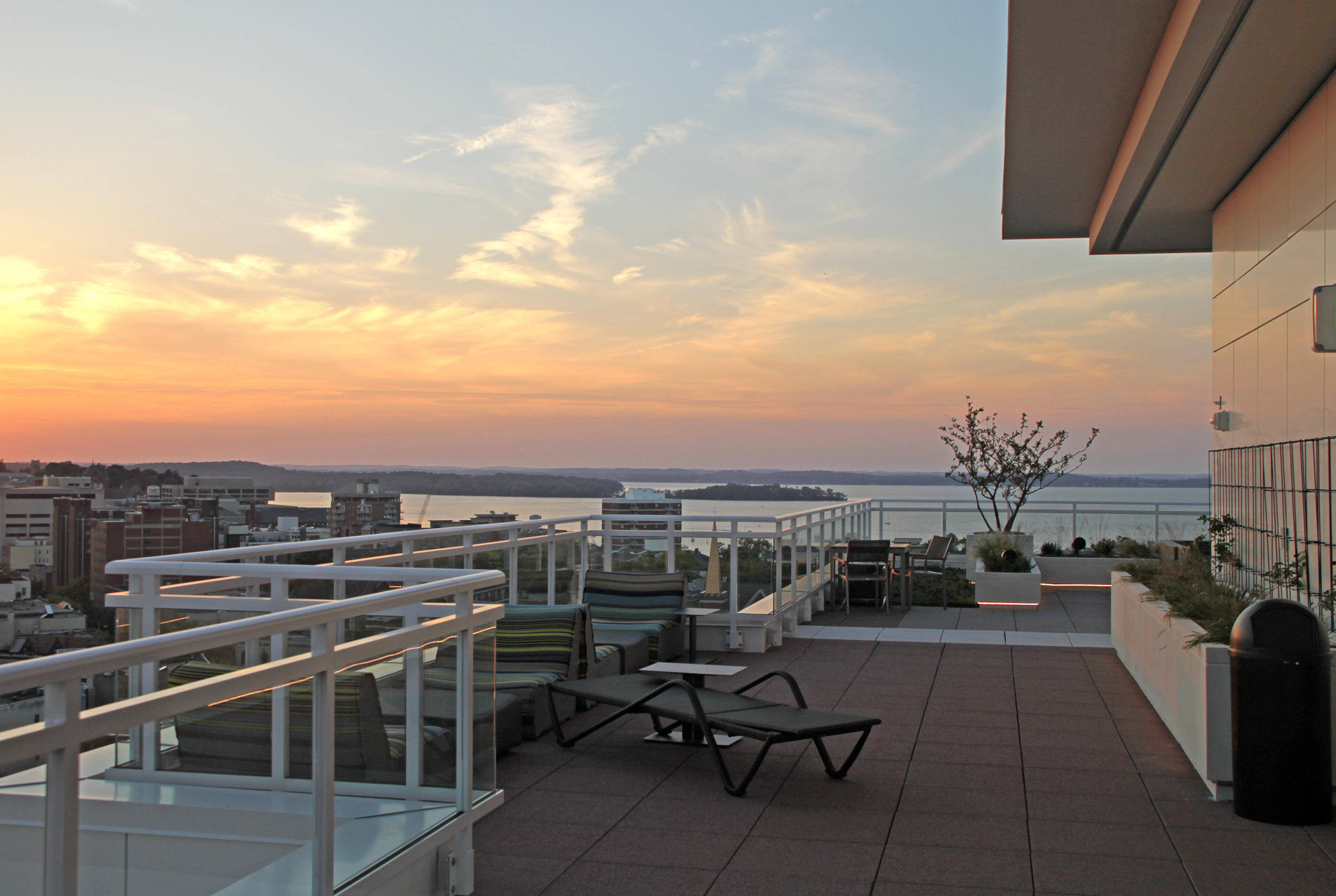 Spectacular views of Lake Mendota and the State Capitol building dominate the outdoor terraces on the thirteenth floor.