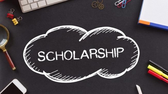 Outrigger Duke Kahanamoku Foundation Grants 1,000th Scholarship