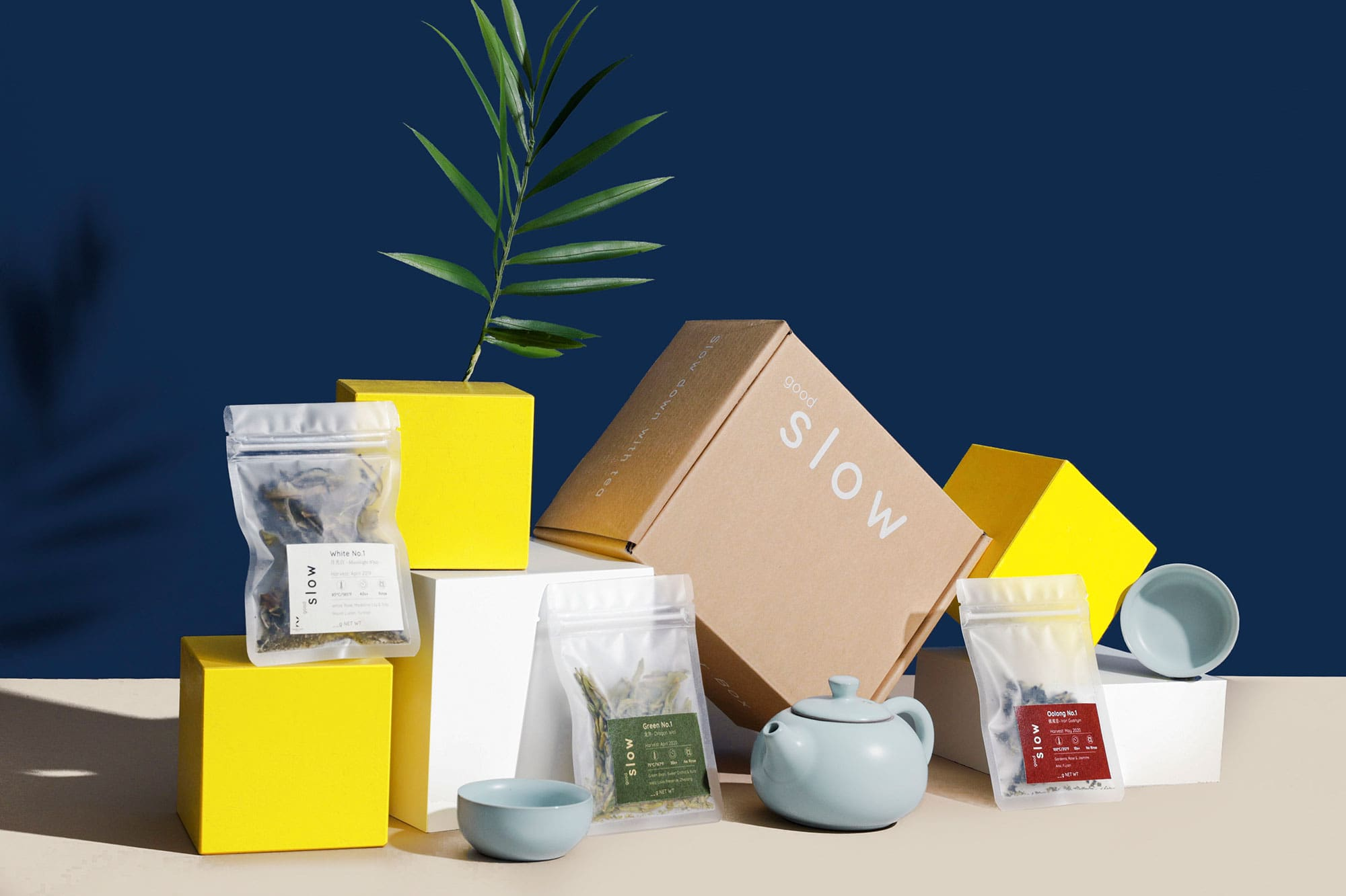 goodSlow discover box with tea, teaware and guided recordings