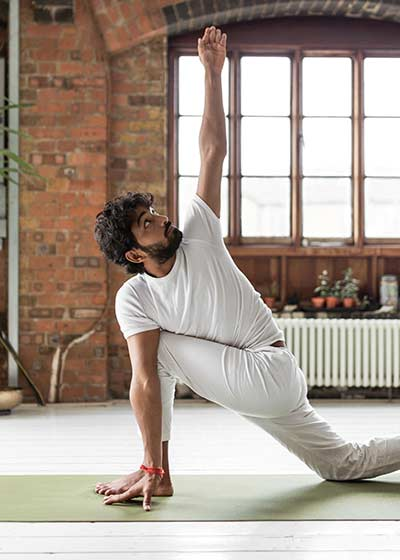 Ravi Dixit yoga class on Wanderlust TV
