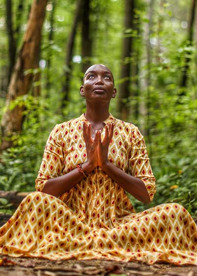 Tracee Stanley meditation course and yoga Nidra classes on Wanderlust TV