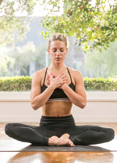 Chelsey Korus online yoga classes and yoga course on Wanderlust TV