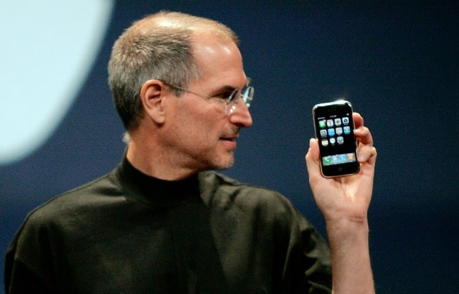 Steve Jobs in 2007 iPhone keynote