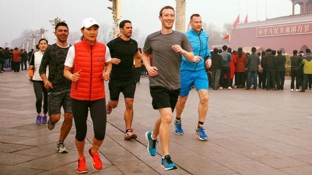 Mark Zuckerberg jog in China