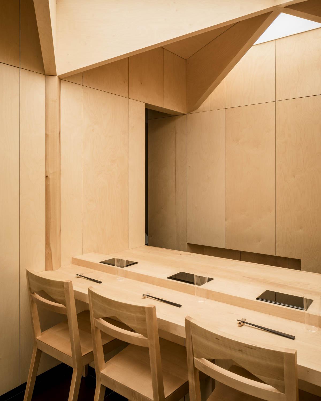 Intérieurs Sushi Shunei