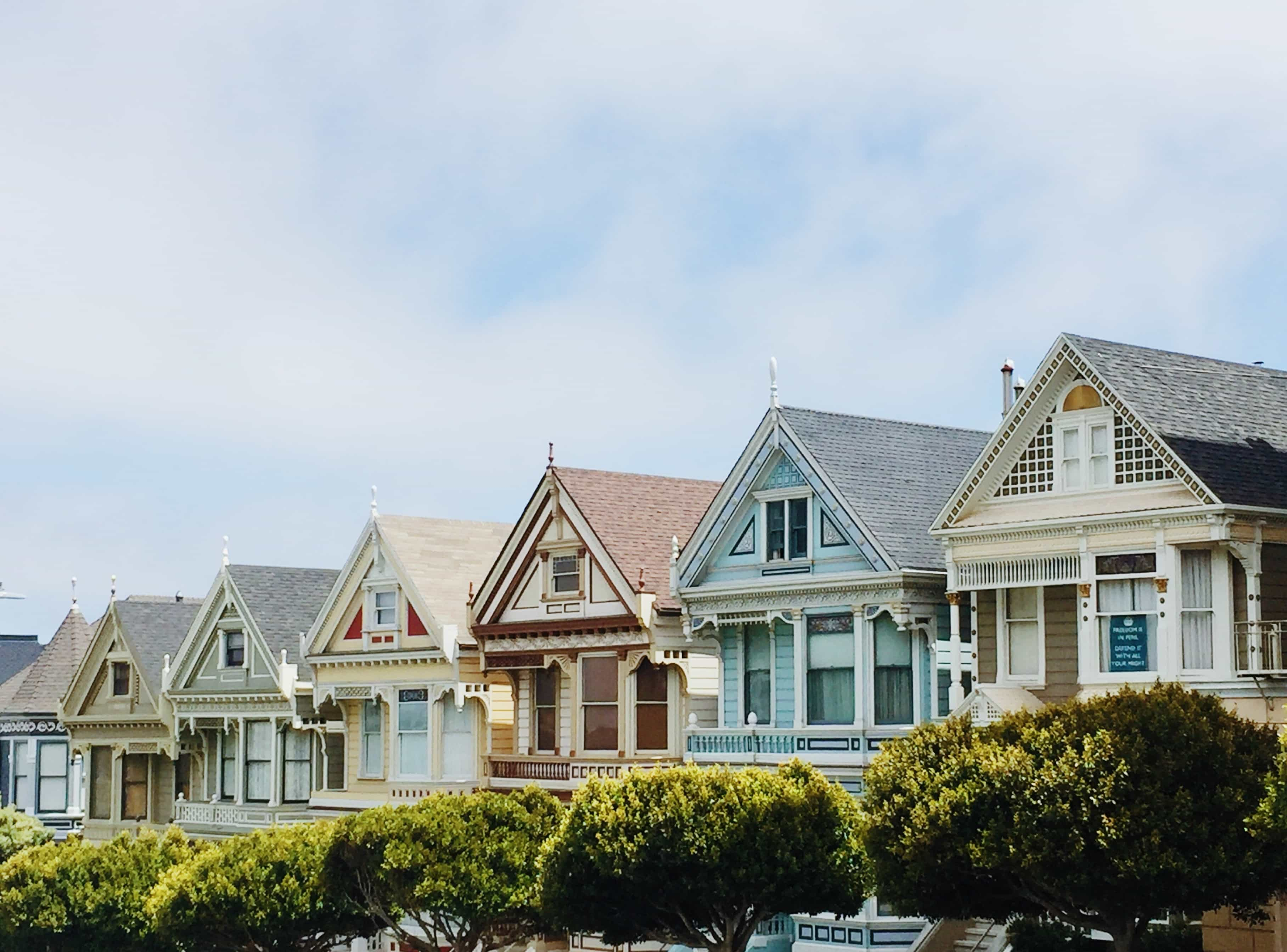 Row of classic houses in San Francisco.