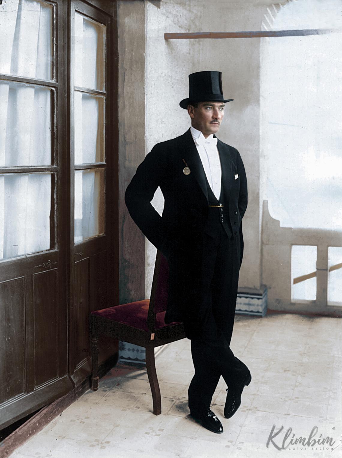 Atatürk_in_white_tie-color.jpg
