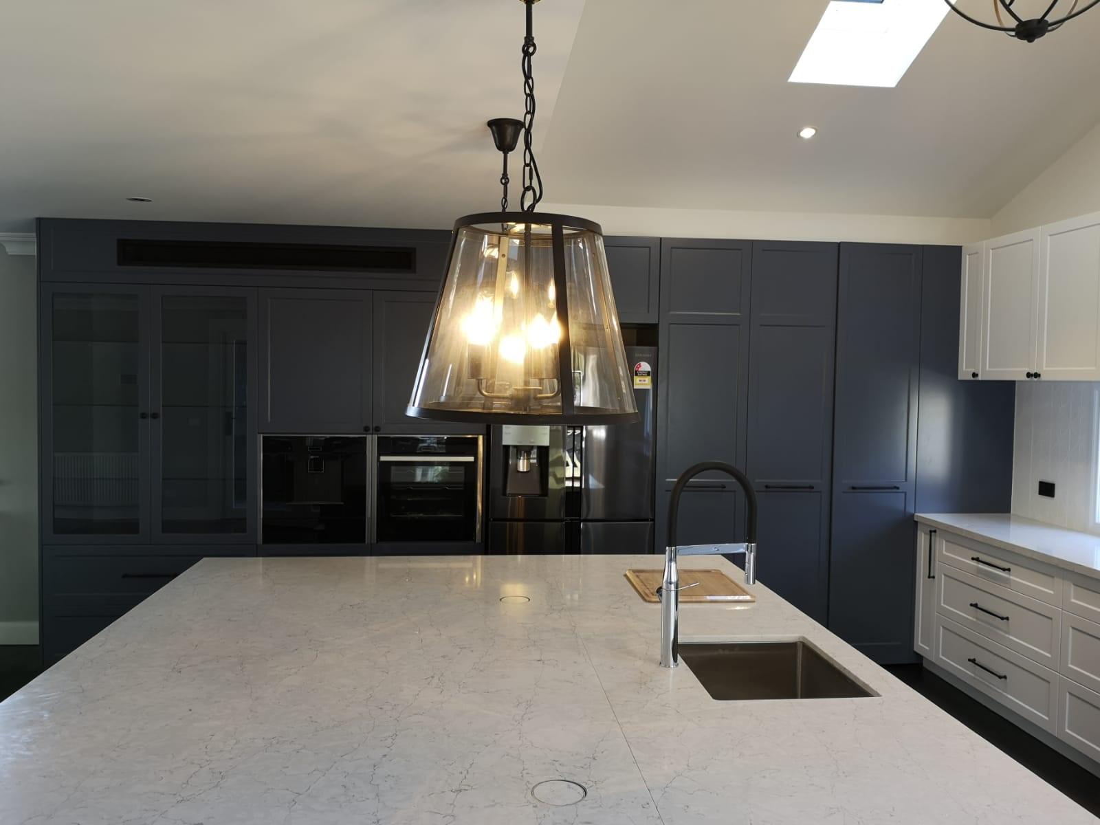 custom 2 pac kitchen in hamptons sjaker style