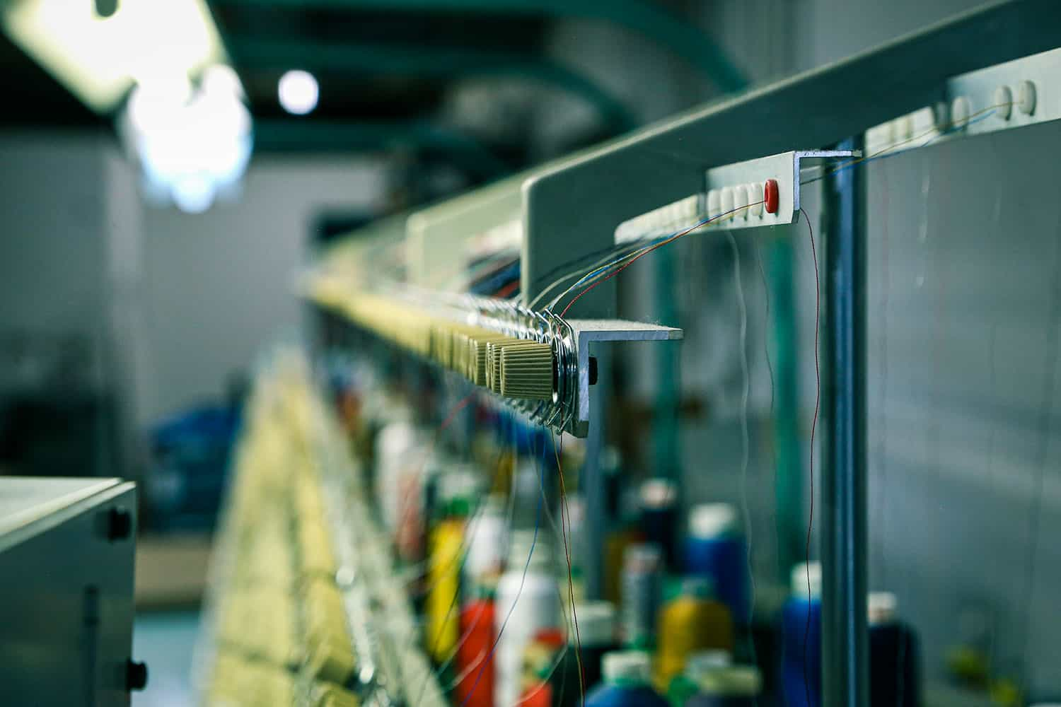 Thread rolls on embroidery machines