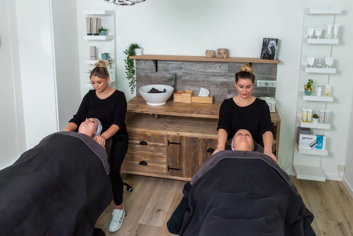 Foto van salon 2 massage Stralend Hengelo