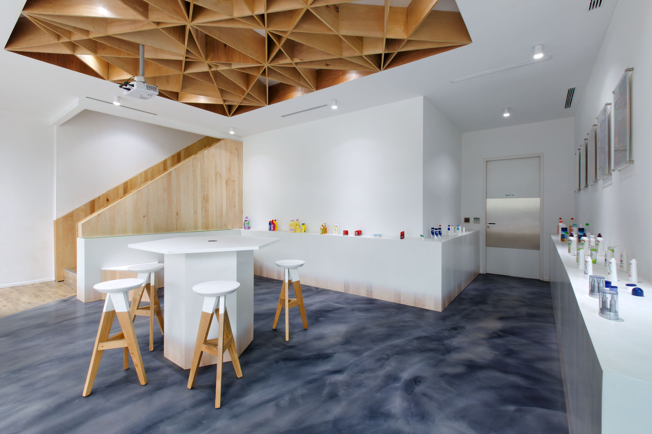 Product display and testing area for visitors of Danypack. Interior Design + Build by AVIP.