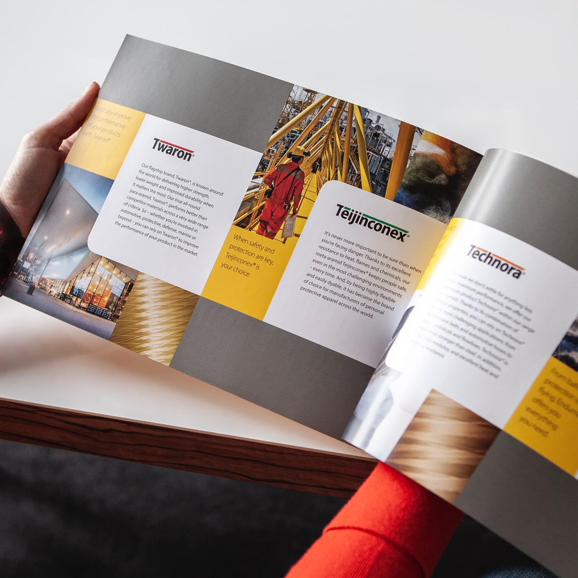 Corporate brochure Teijin Aramid met producten Twaron, Teijinconex, Technora en Endumax