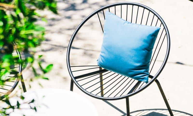 Une protection adéquate pour les meubles d'extérieur en métal