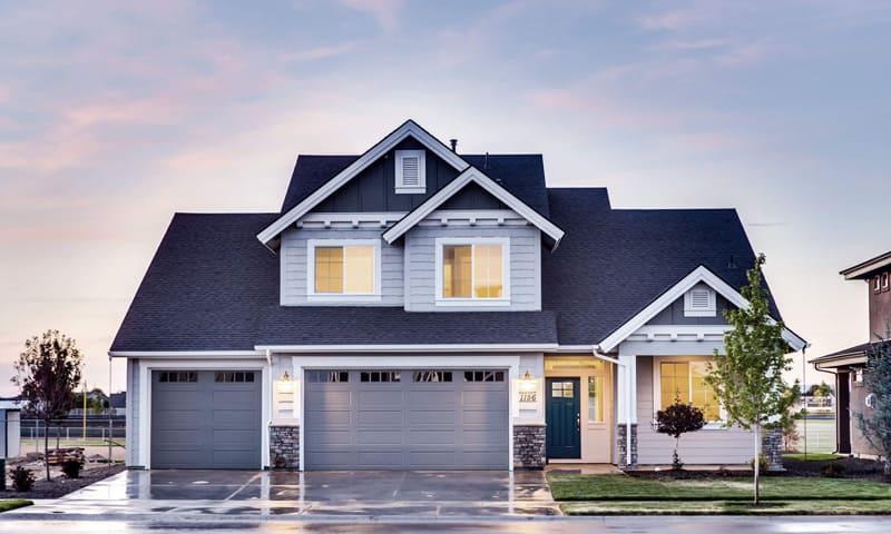 Protection contre le cambriolage lumière dans la maison