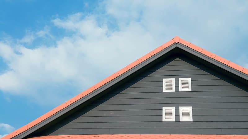 Rénovation du toit à pignon