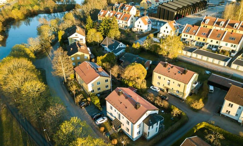 Vente de maison : maison unifamiliale vue d'en haut