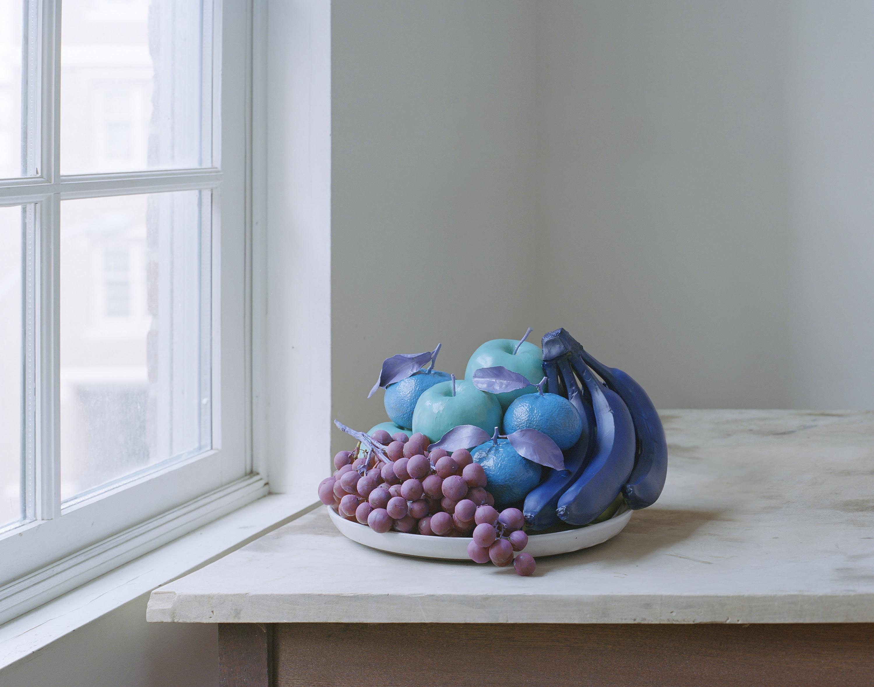 This workshop with visual artist Darren Rigo will cover an introduction to strobe lights and how to use them to light still life compositions.