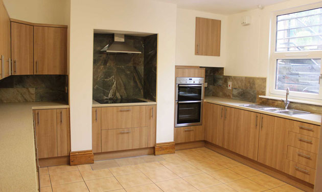 The massive modern kitchen at Moorland Avenue