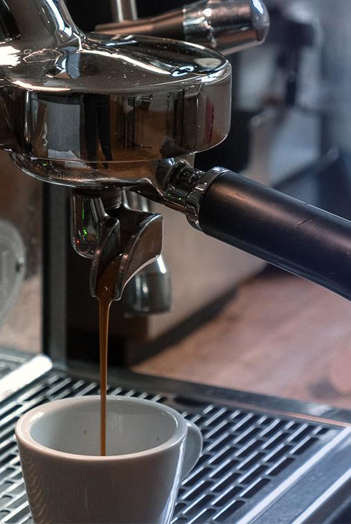 Frischer Kaffee von der hausrösterei AMORI Coffee in Mainz