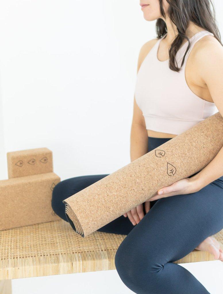 hvordan lage ditt eget yogastudio, hjemmeyoga, guidet yoga norsk online