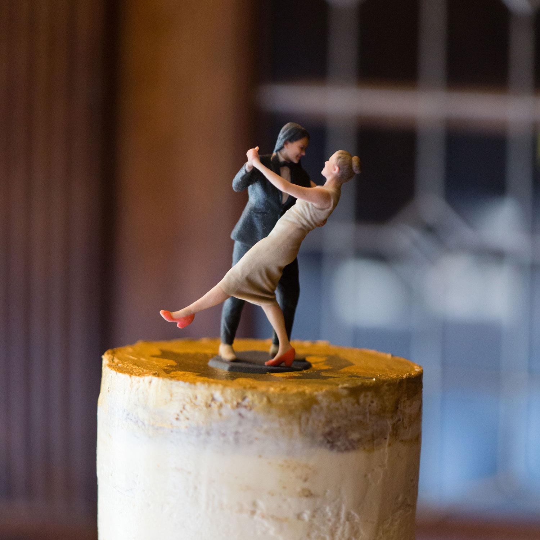 image of dopl wedding cake topper.
