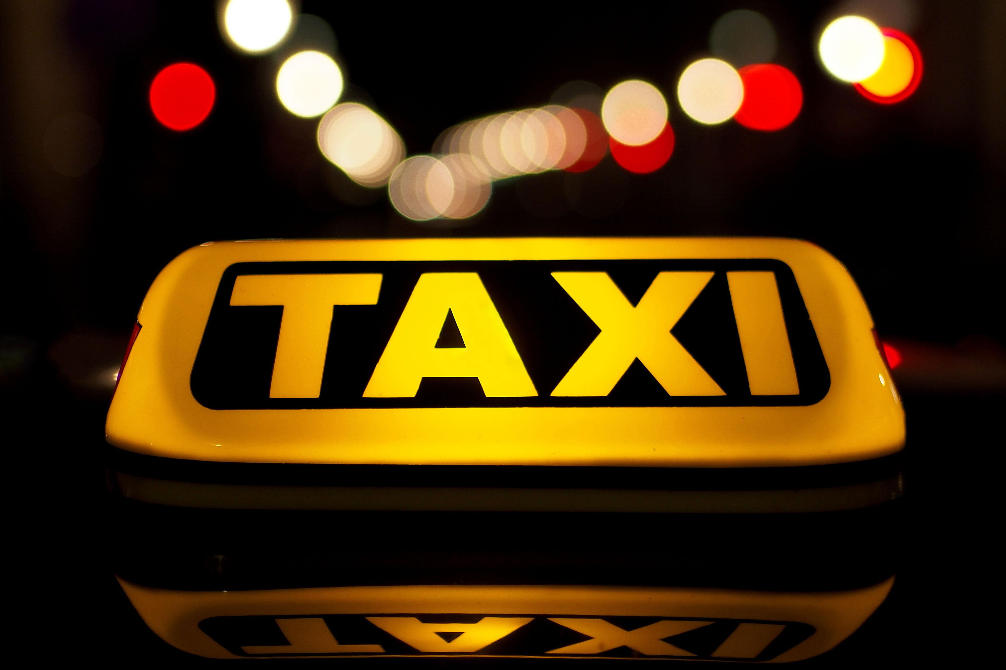 Taxi Hybrid Car Services | Set Right Automotives